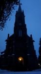 Stadtkirche mit Weihnachtsstern (c) Evang. K