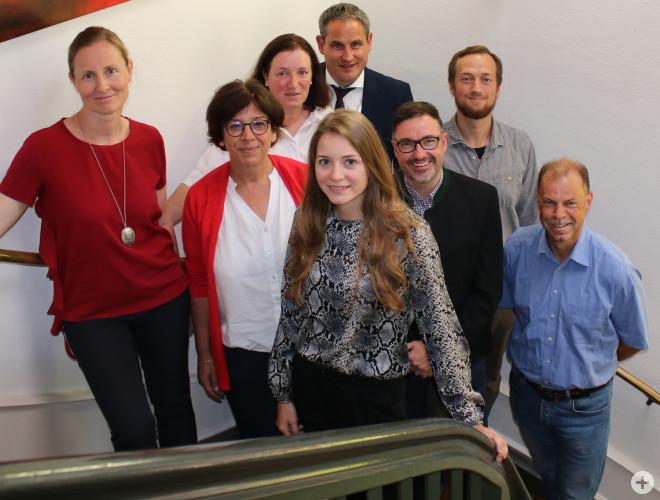 Neu im Gemeinderat: Dr. Marianne Merschhemke, Elke Rupprecht, Gisela Schleidt, Fabienne Kiefer, Bürgermeister Harscher, Sven Hendrik Wünsch, Felix Straub, Walter Würger